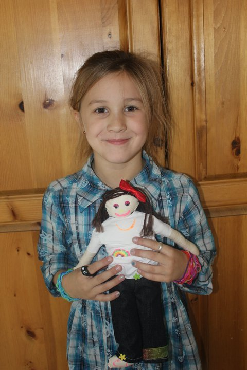 Brianna_with_her_doll